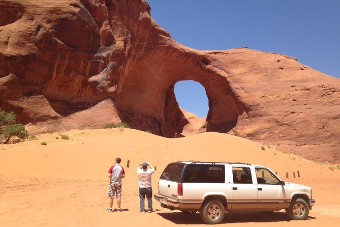 2.5 Hour Guided Tour of Monument Valley