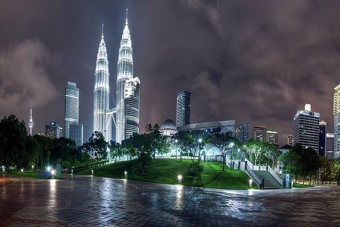 Skip the Line: Petronas Twin Tower Entry Ticket Including Hotel Delivery