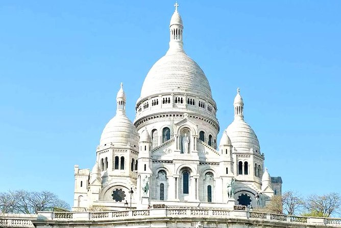Montmartre & Sacre Coeur Tour for Kids & Families w Alberto Local Guide in Paris