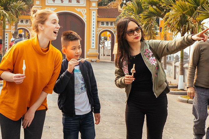 Hanoi Highlights & Dolda Gems Private Family Tour