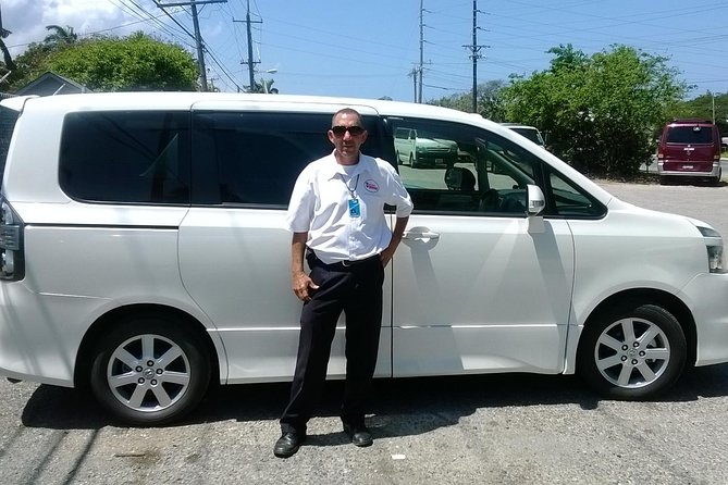 Shuttle Service from Runaway Bay Hotels to Ocho Rios Attractions