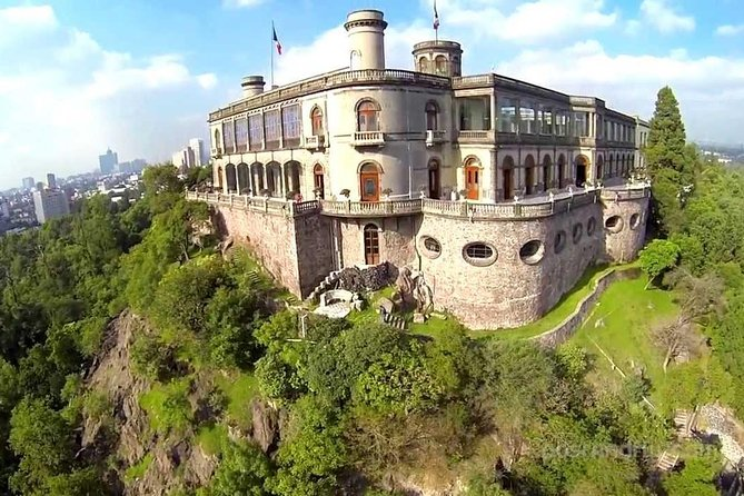 Private Tour Mexico city & Chapultepec Castle WITH PHOTOGRAPER