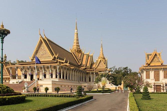 Phnom Penh Like a Local: Customized Private Tour