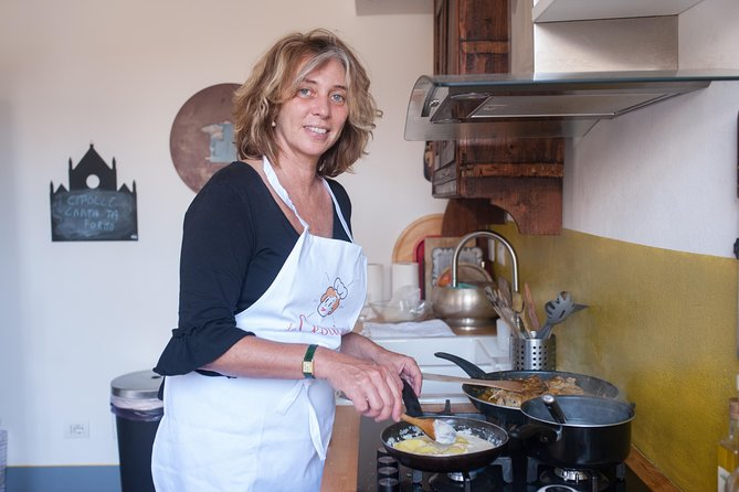 Private Cooking Class at a Cesarina's Home in Pisa