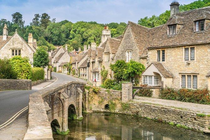 Excursão ao pequeno grupo de Cotswolds Village, Stonehenge e Bath saindo de Londres