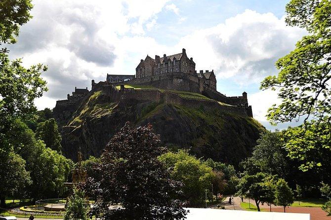 Edinburgh Like a Local: Customized Private Tour