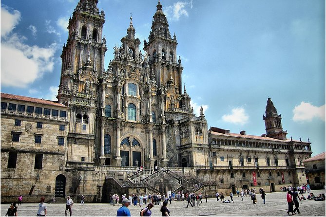 Santiago de Compostela: Walking Tour with a Local Guide