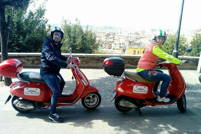Vespa Tour: The best of Rome (3 hours - Afternoon)