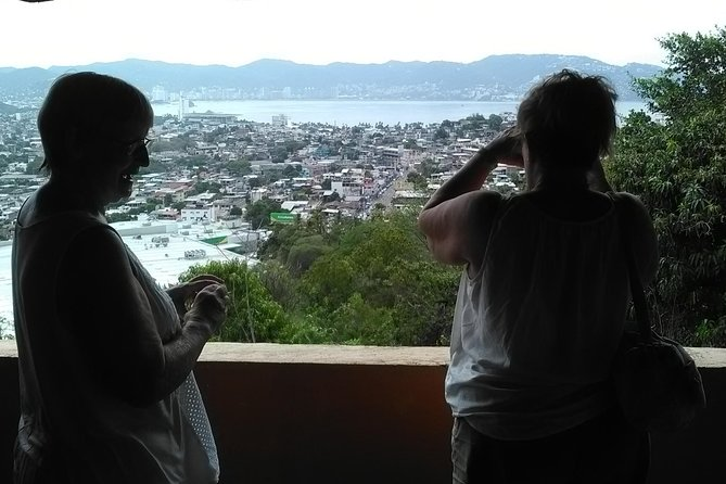 THE REAL ACAPULCO CITY TOUR