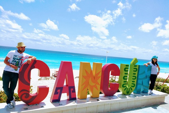 Cancun Shopping and City Tour Including El Meco Mayan Ruins