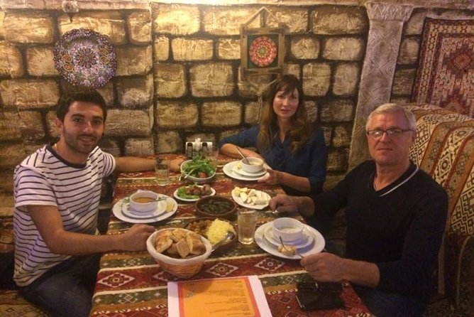 Baku Azerbaijani Cuisine 4.5-Hour Tour with Dinner and Samples