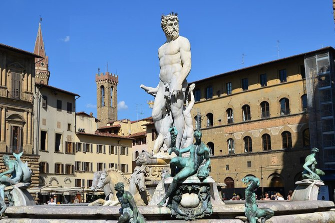 Budget Small-Group Walking Tour of Florence Top-rated Attractions w local guide