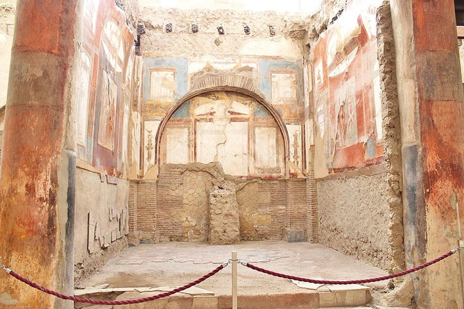 Skip the Line Half Day Private Tour of Herculaneum Highlights with Local Guide