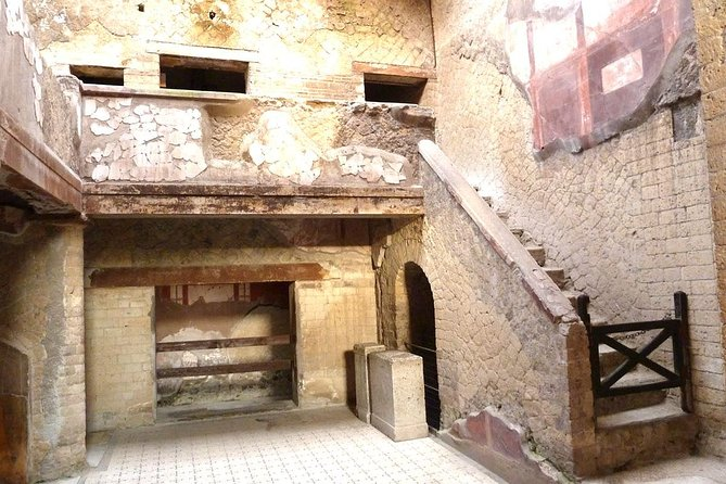 Skip the Line Half Day Private Tour of Herculaneum Highlights with Local Guide photo 2