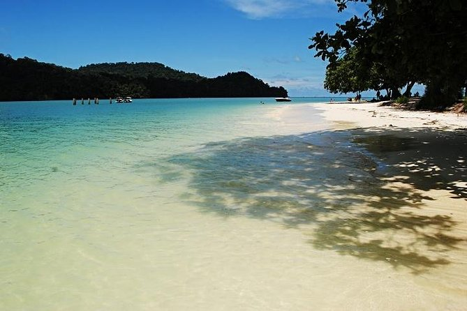 Private Half-Day Langkawi Island Hopping by Boat