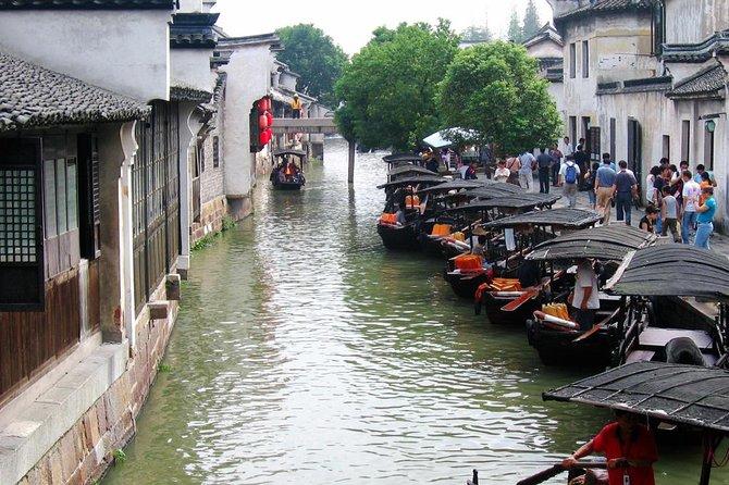 Excursão privada de meio dia a cidade de água de Zhujiajiao com passeio de barco saindo de Xangai