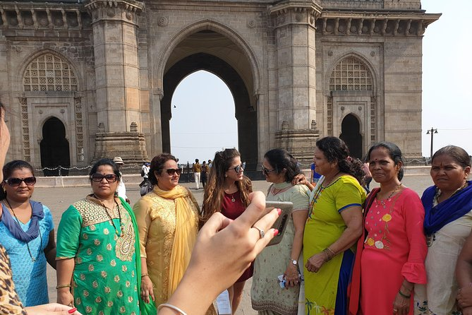 Private Mumbai Sightseeing Tour With Complimentary Local Train Ride In Mumbai