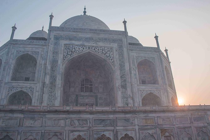 Agra: Sunrise Taj Mahal Tour Including Hotel Pick-up and drop-off photo 2