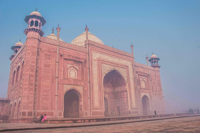 Agra: Sunrise Taj Mahal Tour Including Hotel Pick-up and drop-off photo 1