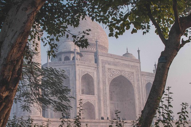 Agra: Sunrise Taj Mahal Tour Including Hotel Pick-up and drop-off photo 9
