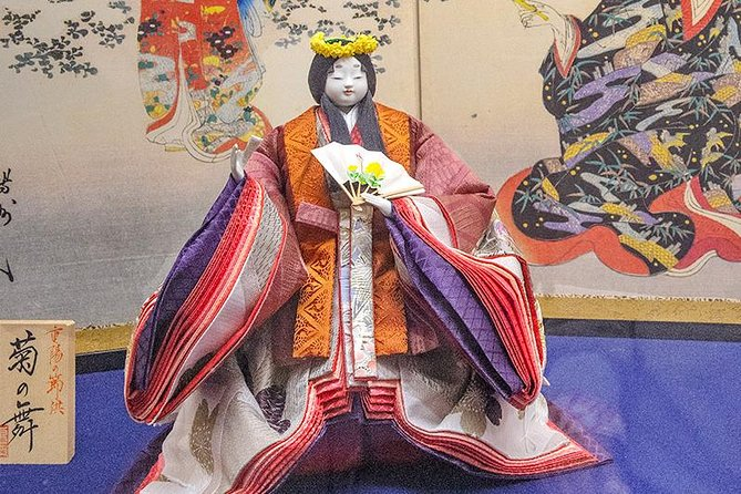 Private Tour - Make Your Very Own Japanese Doll in the Town of Dolls