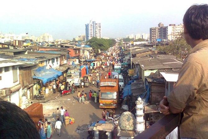 Mumbai City Tour with Ferry Ride and Dharavi Slum