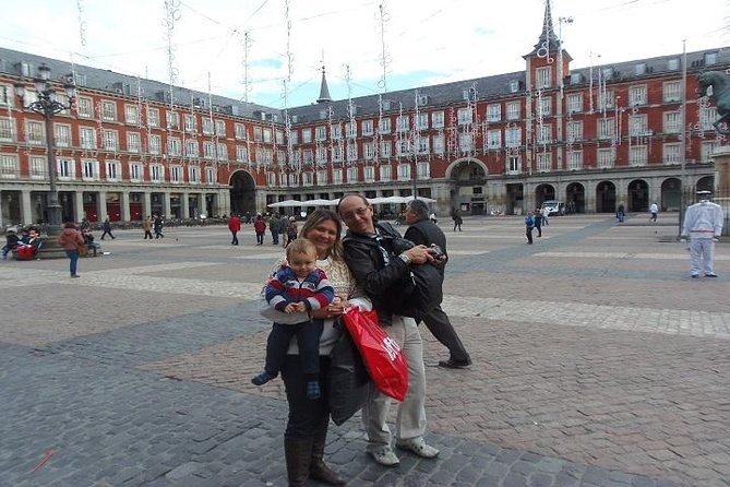 Downtown Madrid Custom Guided Walking Tour photo 1