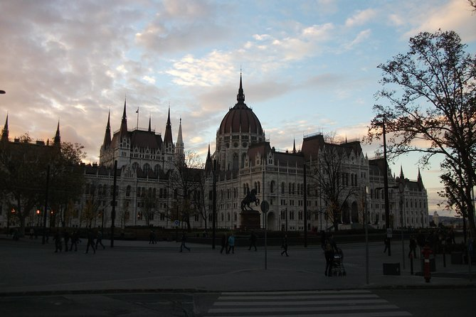 Historical and Cultural Guided Tour of Budapest