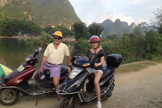 Private Motorcycle Sightseeing Tour of Yangshuo Countryside