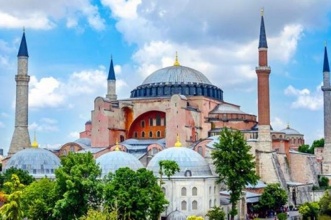 Istanbul Tour in Mercedes Vito with Private Driver