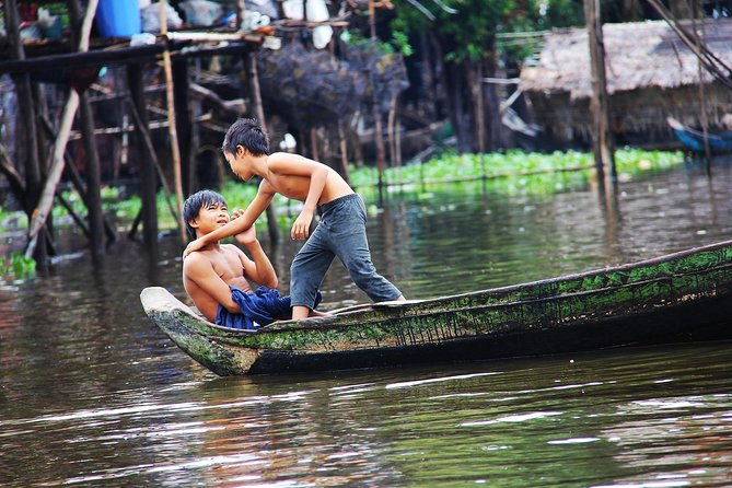 Kompong Phluk - Private Floating Village & Flooded Forest Tour from Siem Reap