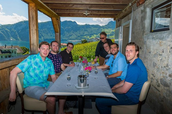 Private Wine Tasting Tour by Lake Lucerne in a Traditional Winery