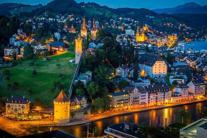 Nachtelijke fietstocht door Luzern