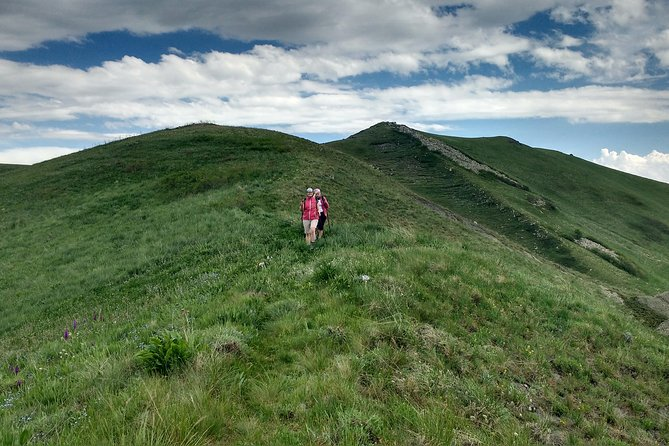 Daily jeep - hike tour to Ara Mountain