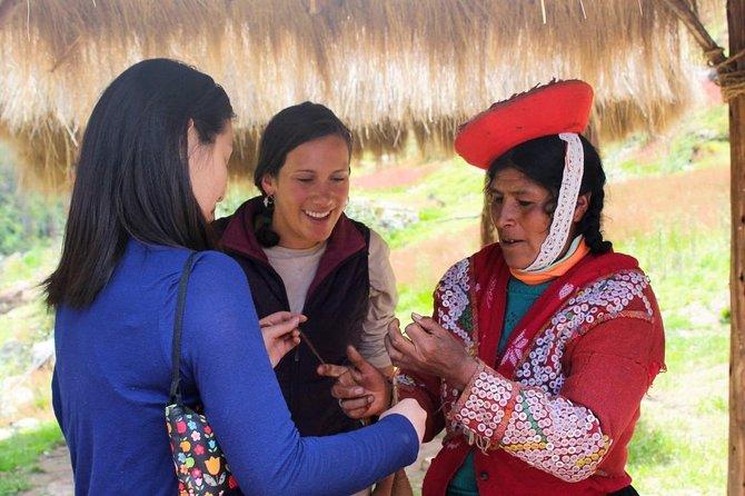 Rural Tourism - Weaving workshop in Ollantaytambo - Half day - Group service