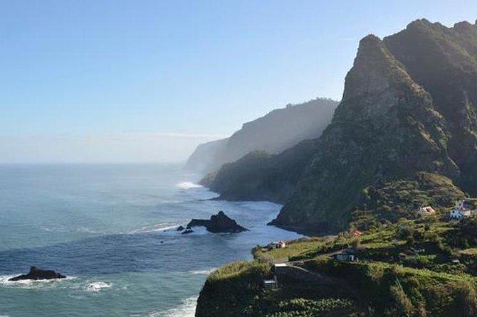 Excursão diurna pelo sudoeste e noroeste da ilha saindo de Funchal