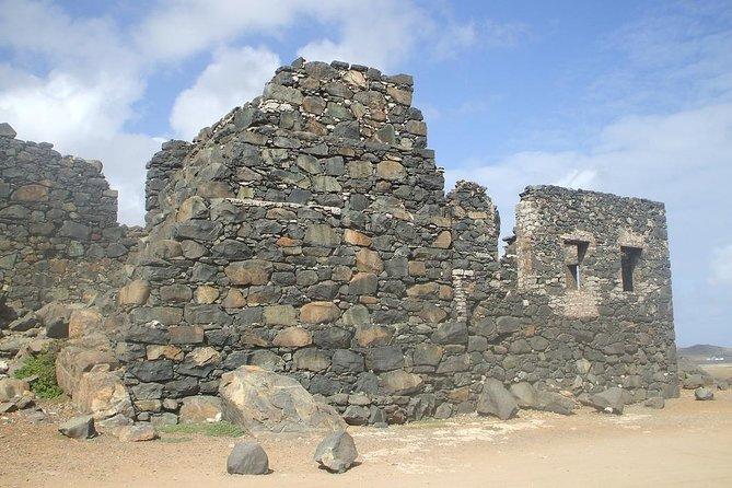 Private Tour on AC Minivan to Highlights of Aruba