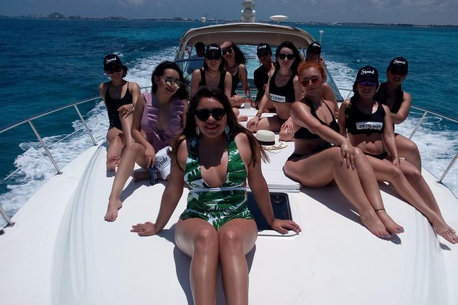 Isla Mujeres Luxury Private Yacht Trip and Isla Mujeres Snorkeling and Fishing Adventure All in One Tour