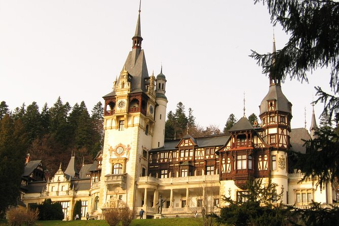 Private Excursion to Sinaia, Brasov and Bran