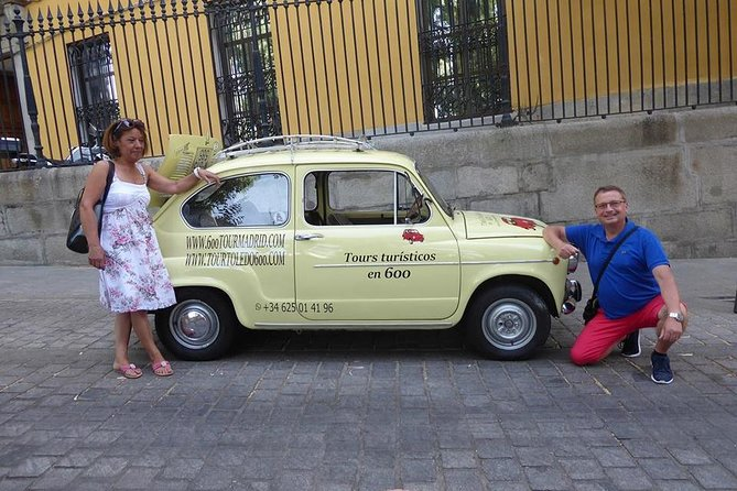 Touristic tour by classic car around Madrid