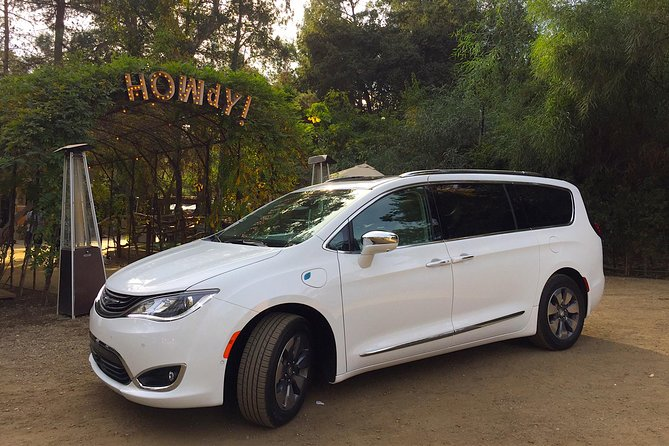 Private tour of Los Angeles in a Luxury SUV/Minivan