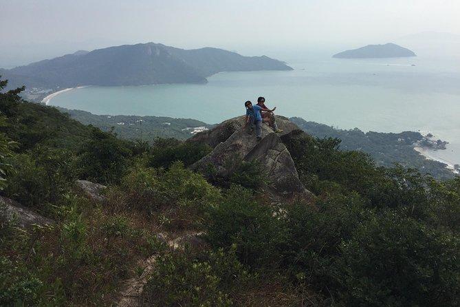 Excursão de Caminhada Privada a Hong Kong pela Ilha de Lantau