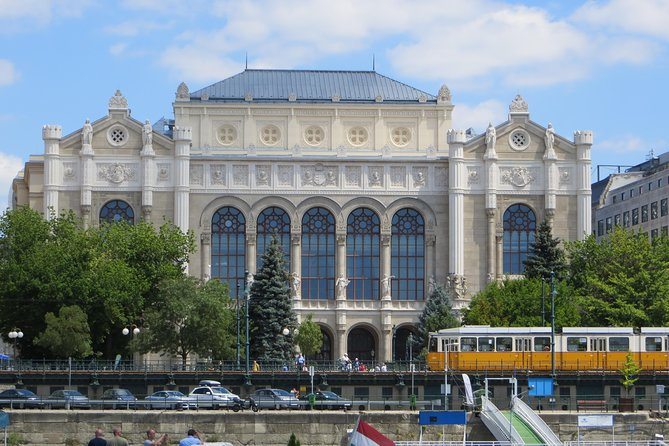 Budapest Private Luxury Sightseeing Tour