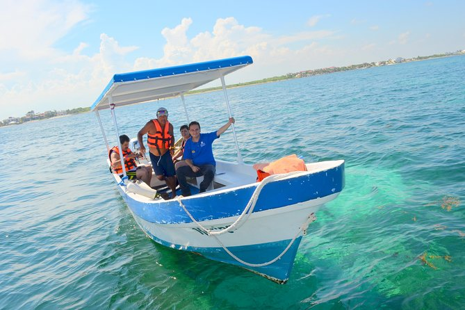 Catamaran Sail and Snorkeling Tour with Open Bar in Puerto Morelos photo 3