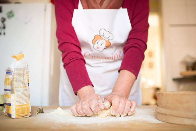 Lokalt marked besøg og privat madlavning klasse på en Cesarina hjem i Messina