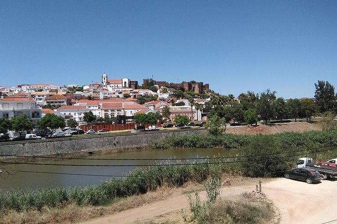 Algarve wine tour of two wine estates and lunch at hystorical town of Silves