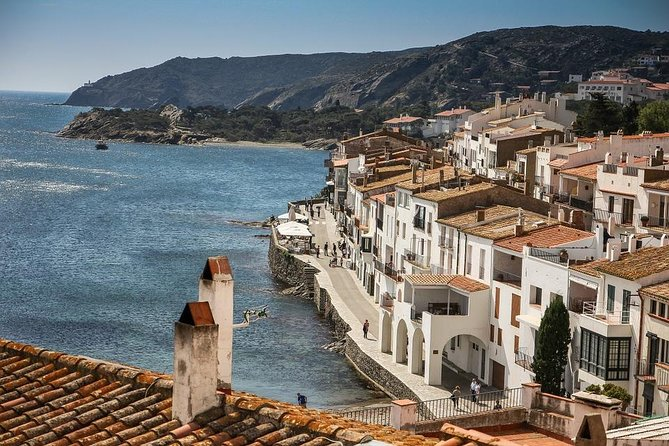 Girona, Dalí and the Costa Brava - small group and hotel pick up from Barcelona