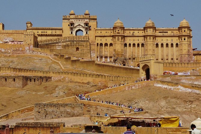 3-Day Tour to Jaipur, Agra, Delhi from Mumbai with one-way Commercial Flight