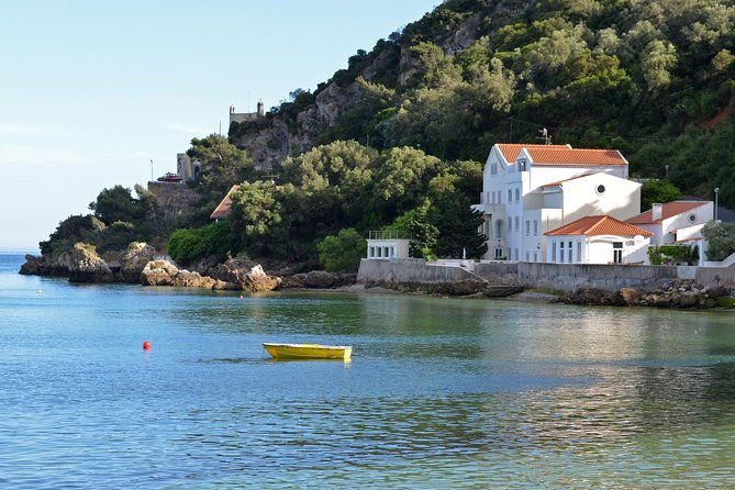 Arrábida and Sesimbra Full Day - Private Tour from Lisbon photo 1