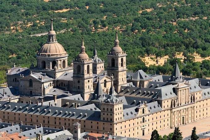 El Escorial, Valley of the Fallen & Toledo Day Tour from Madrid